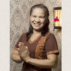 miss Amonthip Thapanaworakeat дипломированный специалист тайского массажа